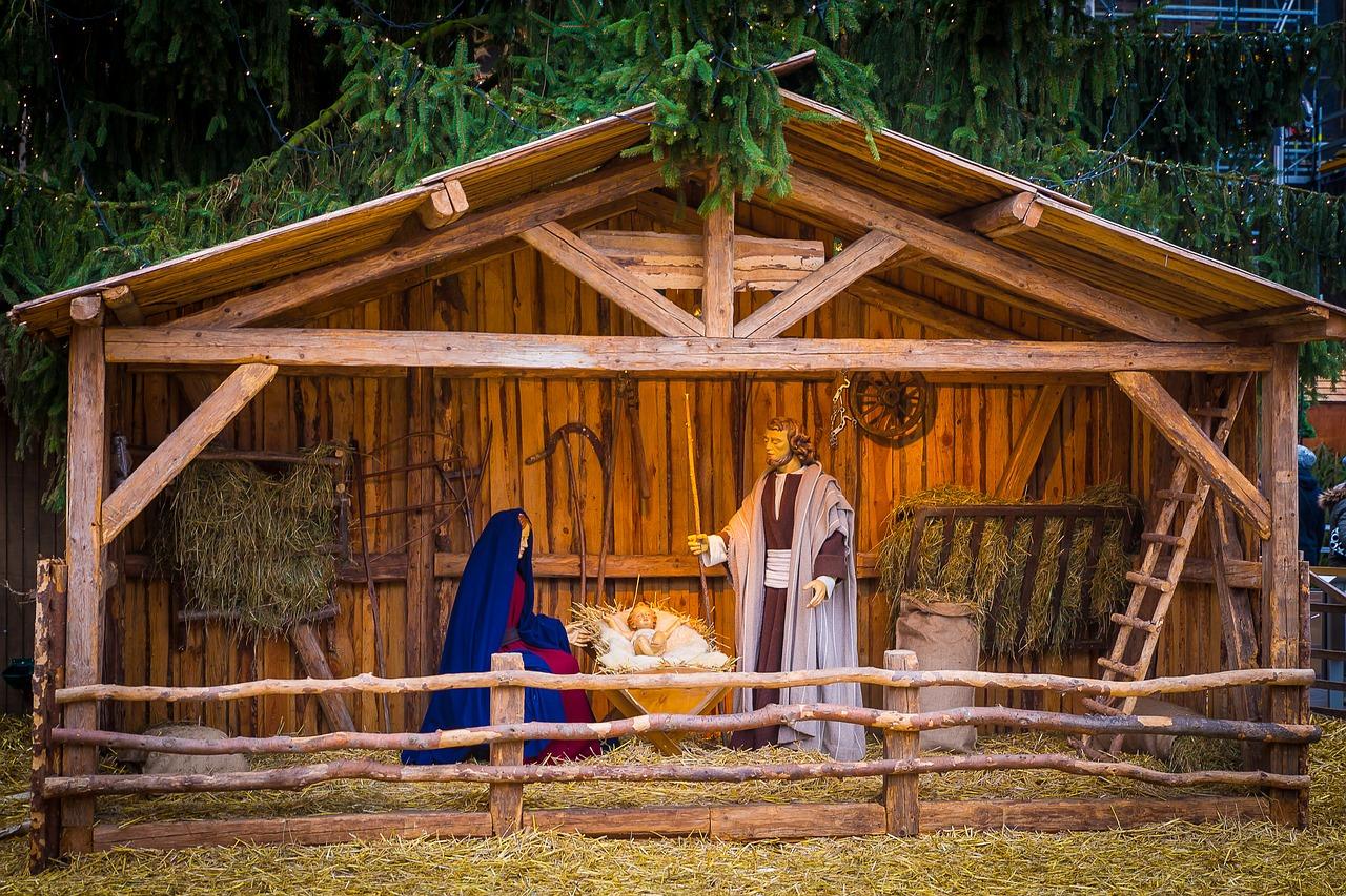 Come fare la capanna del presepe in legno presepe forum for Costruire una semplice capanna di legno